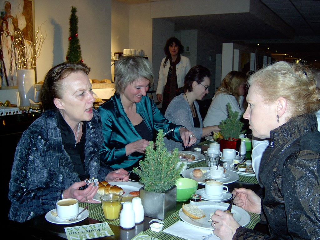 Het eerste Open Coffee Velp Kerstontbijt op 23 december 2010